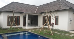New Unfurnished Villa in Umalas
