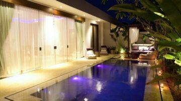 Luxurious 2 Bedrooms Riverside Villa in Seminyak