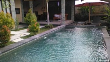 Beautiful villa situated in the middle of rice field
