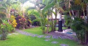 Comfortable villa with 3 bedrooms in Petitenget