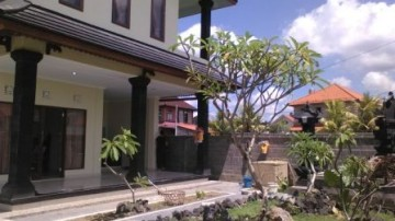Nice villa in Ubud with two story building