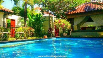 Beautiful 2 bedroom villa near shopping center in strategic area of Kuta