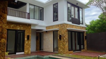 3 bedroom villa situated in safe residential of Nusa Dua area