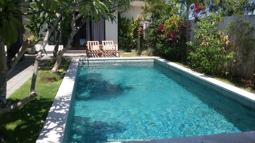 3 bedroom villa with palm tree vieuw for Palm tree villas 1