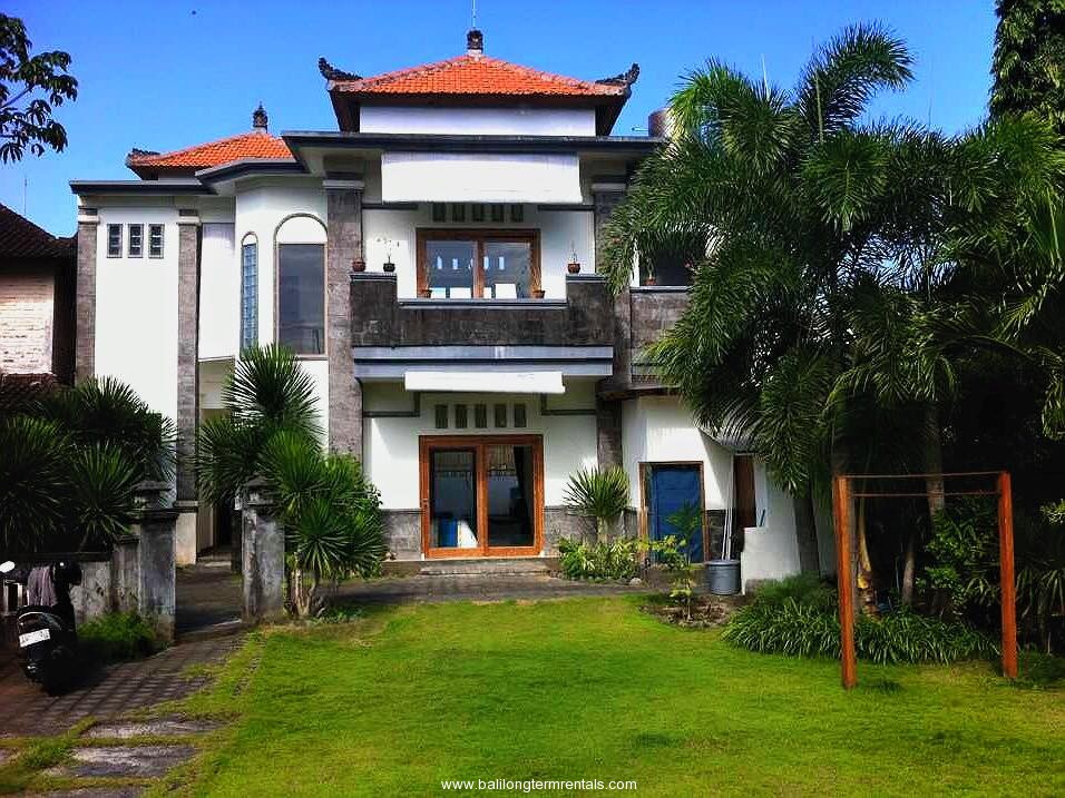 3 bedroom house with pool in batu belig for 3 bedroom house with pool