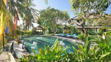 Classic Style 5 bedroom villa in Canggu on large plot