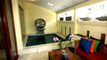 5 Bedroom house in good area of Seminyak