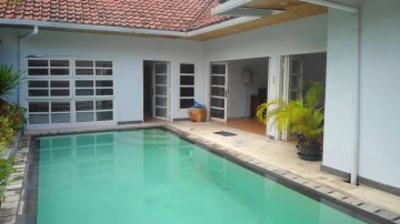 3 bedroom villa in Seminyak area