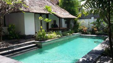 Tropical villa in beach side of Sanur