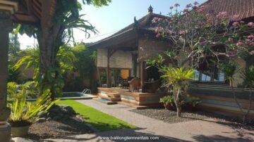 Nice 3 bedroom villa at beach side