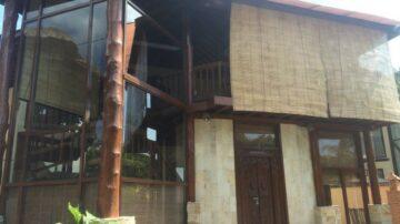 2 bedroom villa with wooden design in Canggu area