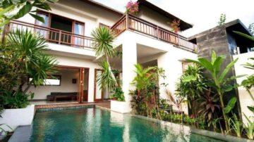 3 bedroom villa close to Berawa beach