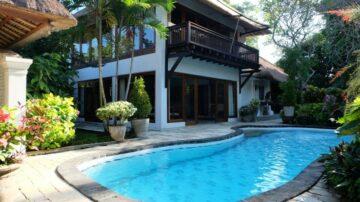 Beautiful 4 bedroom villa in beach side of Sanur area