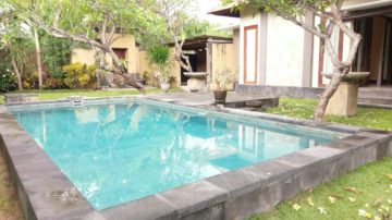 3 bedroom large villa in Sanur area