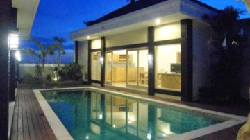 Beautiful 4 bedroom villa in the middle of paddy field in Umalas