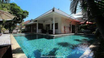 4 bedroom villa in the heart of Seminyak
