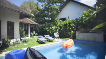 large 4 bedroom villa in Kerobokan