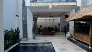 Charming villa in tranquil area with paddy field view