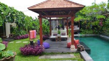 2 bedroom + Study villa Kerobokan