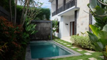 Unfurnished villa walking distance to Batu Belig Beach