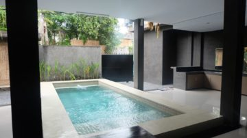 Brand new 4 bedroom villa in the heart of Seminyak