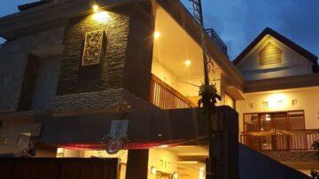Jimbaran 5 Bedrooms Glossy Villa