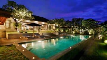 Luxury 4 bedroom Family Villa