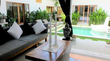 Clean & Modern Gorgeous 3 Bedroom Villa – Batu Belig