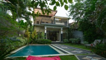 Beautiful 3 bedroom villa in Legian area