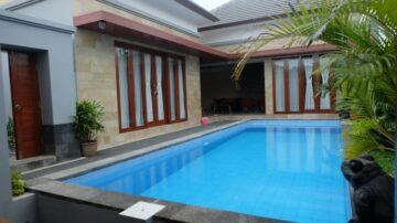 Bright and clean villa in Jimbaran