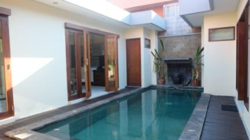 Prime location!!! Walking distance to Double Six beach – Seminyak
