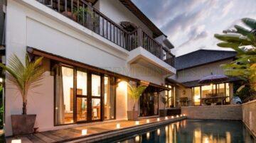 Tropical 4 bedroom villa in Canggu area