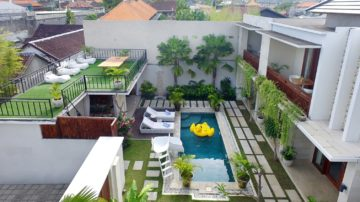 New 5 bedroom stunner in the center of Seminyak