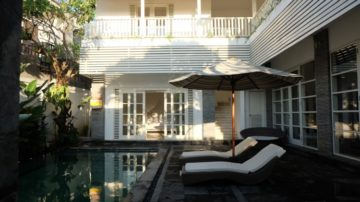 4 bedroom private villa in Batubelig-Seminyak