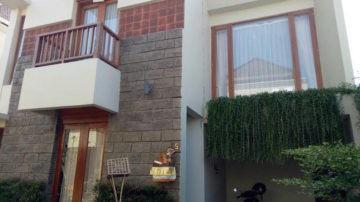 3 bedroom house Denpasar near the Art Center
