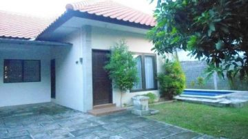 2 bedroom villa in residential neighborhood in North Seminyak