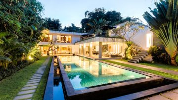 Luxury 4 bedroom villa in Canggu area