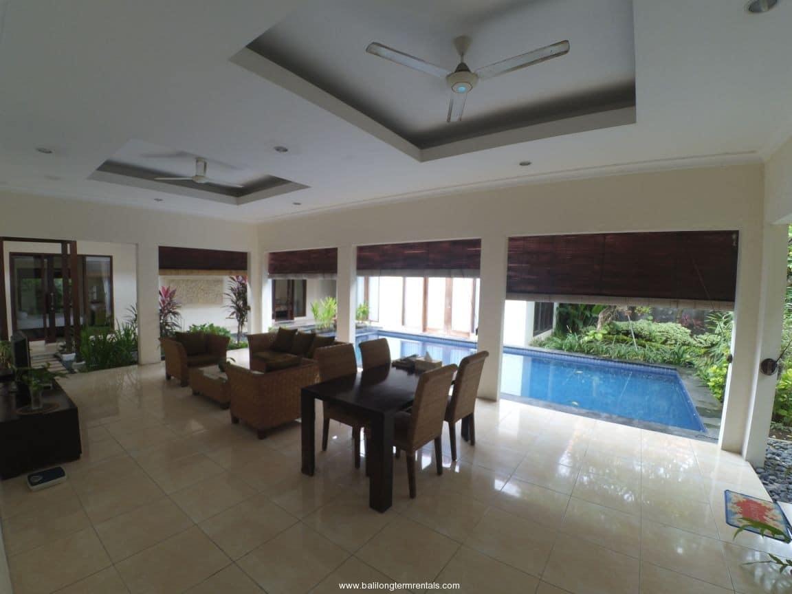 4 bedroom private villa in Renon – west Sanur