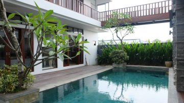 Best deal – Beautiful villa Berawa – Walk to CCS !!!