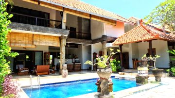 3 bedroom villa, with spacious garden
