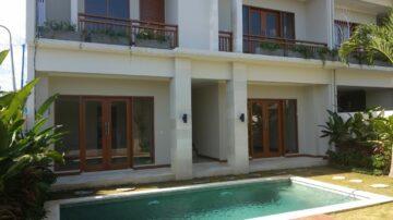 New 4 bedroom villa in Kerobokan