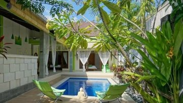 "2 BEDROOM VILLA, WALKING DISTANCE TO ""EAT STREET"" SEMINYAK"