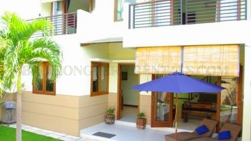 STUNNING 3 BEDROOM VILLA IN TOURIST AREA OF SEMINYAK