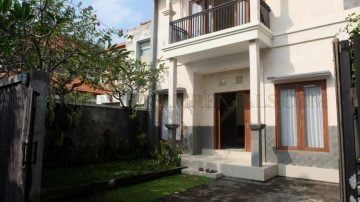 3 bedroom house in Sanur with plunge pool