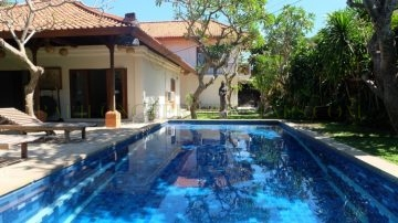 Big villa in Sanur – Beach Side!