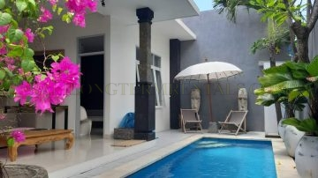 Stylish 2 bedroom villa in north Seminyak