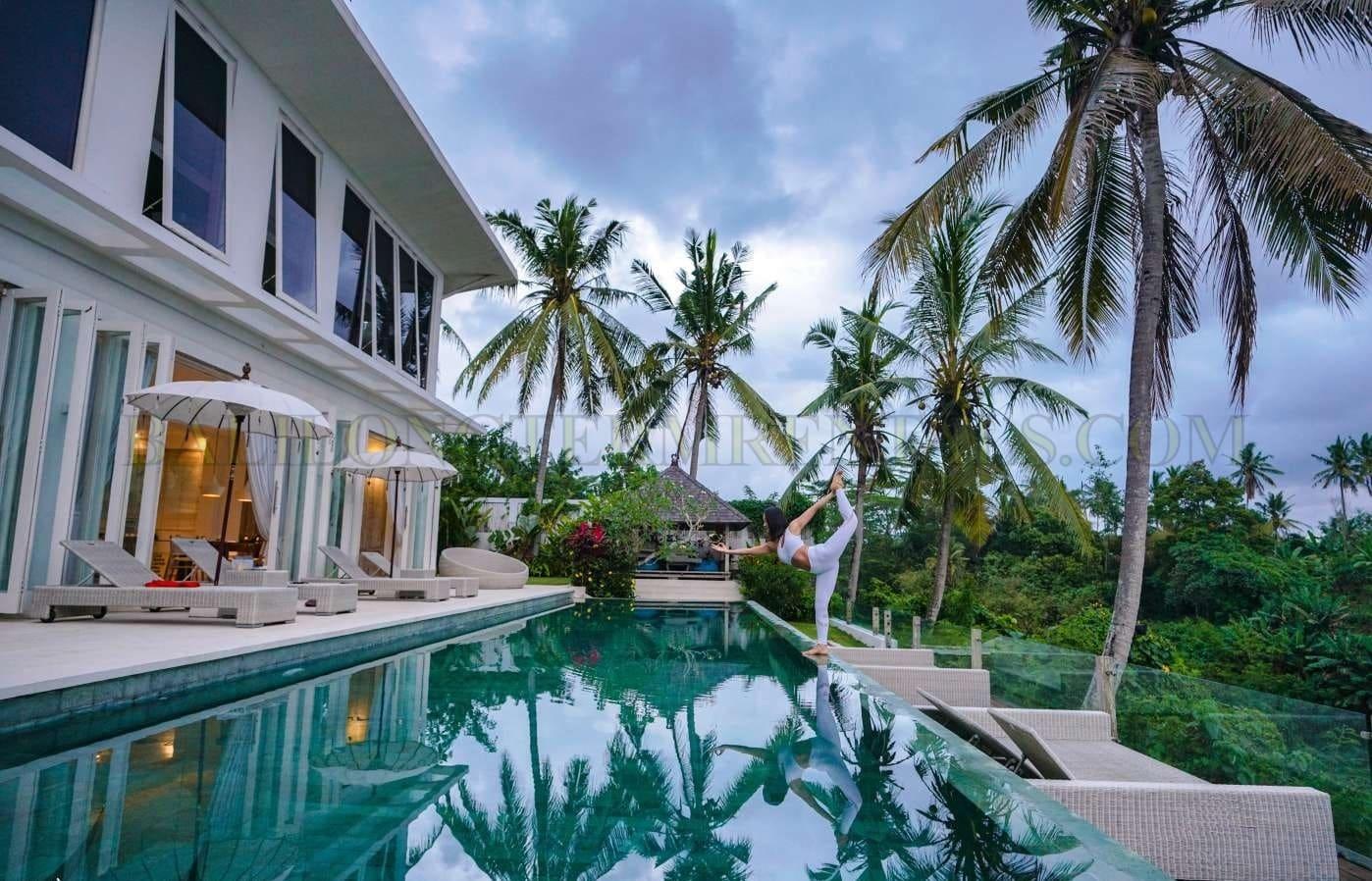 luxurious 5 bedroom villa in ubud