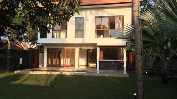 Great 4 Bedroom Villa Close to BIS – Sanur