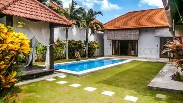 Beautiful 2 bedroom villa berawa area