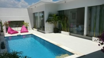Slick and clean 3 bedroom villa